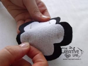 tutorial cerchietto feltro fiore bianco nero 09