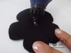 tutorial cerchietto feltro fiore bianco nero 15