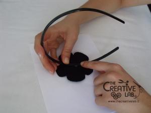 tutorial cerchietto feltro fiore bianco nero 18