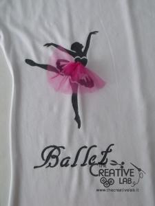 tutorial come decorare t shirt con stencil 43