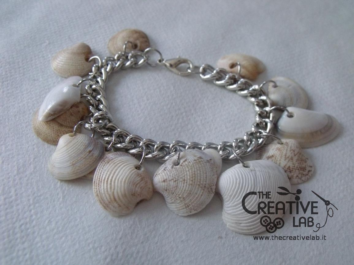 selezione premium 7794e c04a9 TUTORIAL: come fare un braccialetto con le conchiglie – The ...