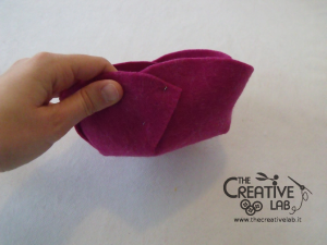 tutorial diy felt basket jewelry case 25
