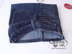 tutorial custodia porta pc laptop fai da te riciclare jeans diy 19