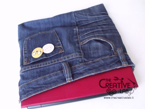 tutorial custodia porta pc laptop fai da te riciclare jeans diy 26