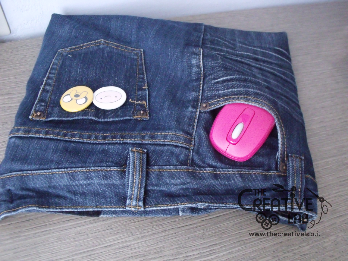Tutorial come fare una custodia porta pc con dei vecchi for Borse fai da te jeans