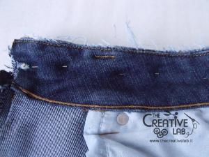 tutorial riciclare jeans fare borsello tracolla fai da te diy 09
