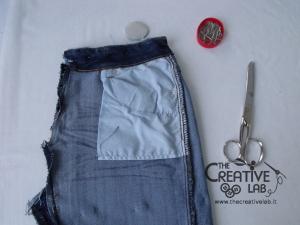 tutorial riciclare jeans fare borsello tracolla fai da te diy 11