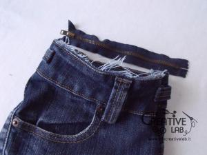 tutorial riciclare jeans fare borsello tracolla fai da te diy 29