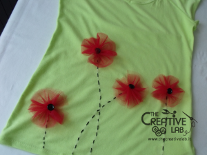 tutorial personalizzare decorare t-shirt maglietta papaveri tulle 13