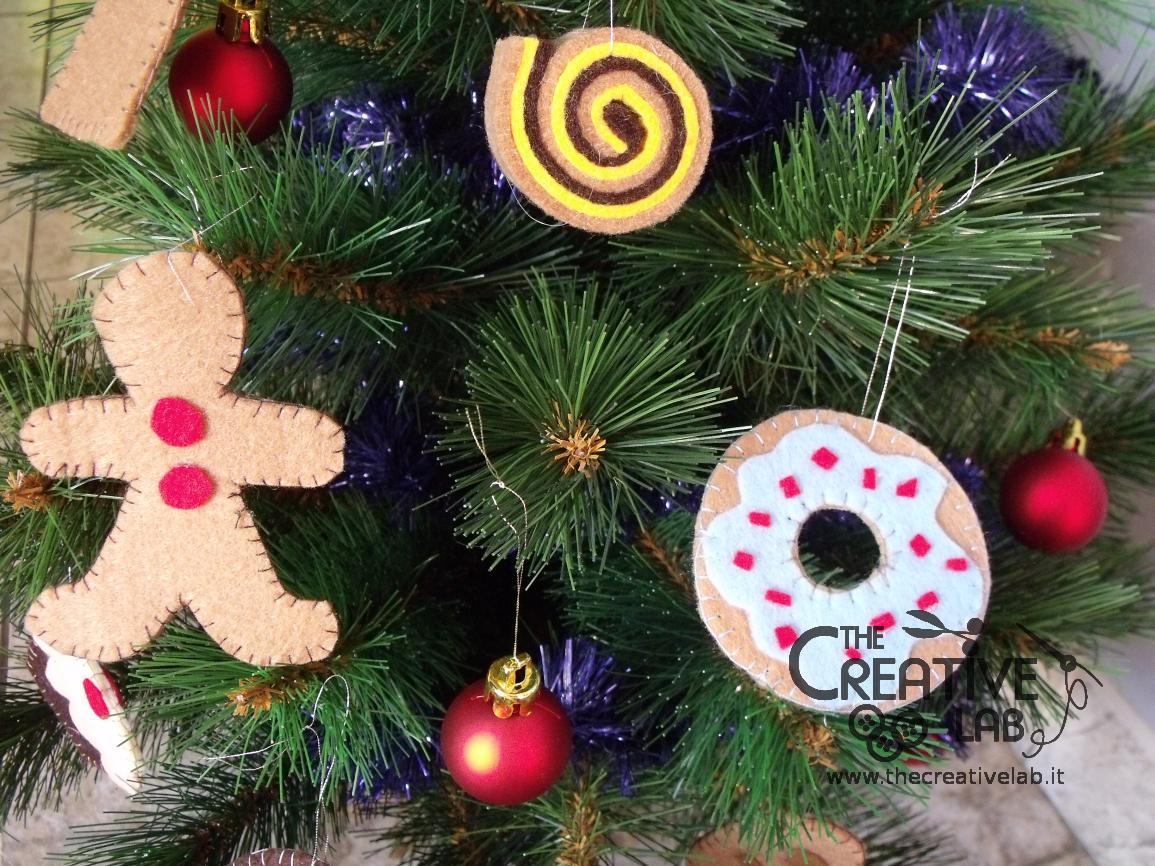 Tutorial dolci di pannolenci diventano addobbi per l - Creare decorazioni natalizie ...