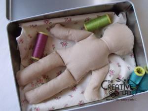 tutorial come fare pigotta corpo bambola stoffa pezza 14